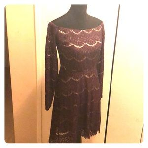 Dresses & Skirts - Gorgeous off the shoulder purple lace gown